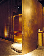 Interior and exterior copper materials create a dignified atmosphere-01